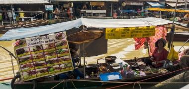 Amphawa Floating Market (3)
