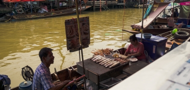 Amphawa Floating Market, Pływający Targ (1)