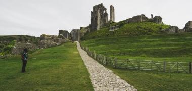 Zamek Corfe Castle (2)