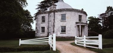 Lulworth Castle & Park, Kaplica Rzymskokatolicka (1)