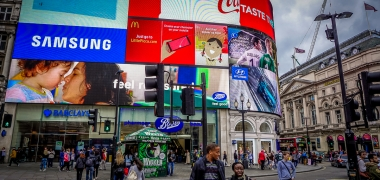 Londyn Piccadilly Circus (1)