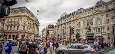 Londyn Piccadilly Circus (2)