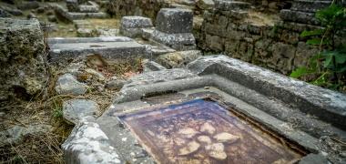Nowa Sparta posąg Leonidasa Ruiny starożytnej Sparty Ruiny Starożytnego Miasta Droga Teatr Sparta (11)