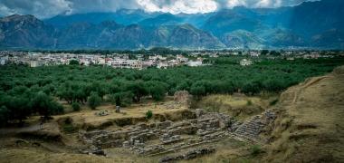 Nowa Sparta posąg Leonidasa Ruiny starożytnej Sparty Ruiny Starożytnego Miasta Droga Teatr Sparta (12)