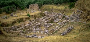 Nowa Sparta posąg Leonidasa Ruiny starożytnej Sparty Ruiny Starożytnego Miasta Droga Teatr Sparta (5)