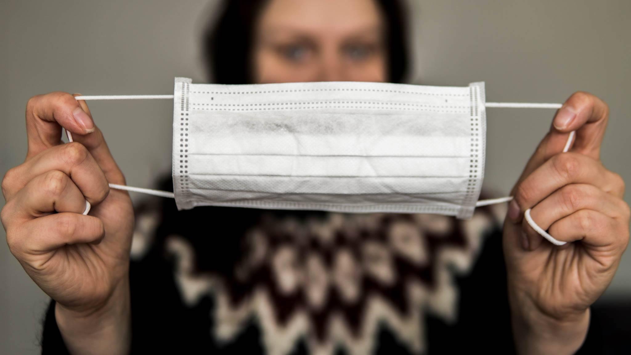 Życie w czasach koronawirusa: pandemia wirusa SARS-CoV-2, a turystyka na Islandii