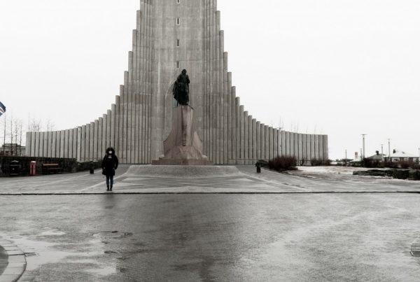 Islandia otwiera granice. Czy wyspa jest wolna od COVID-19?