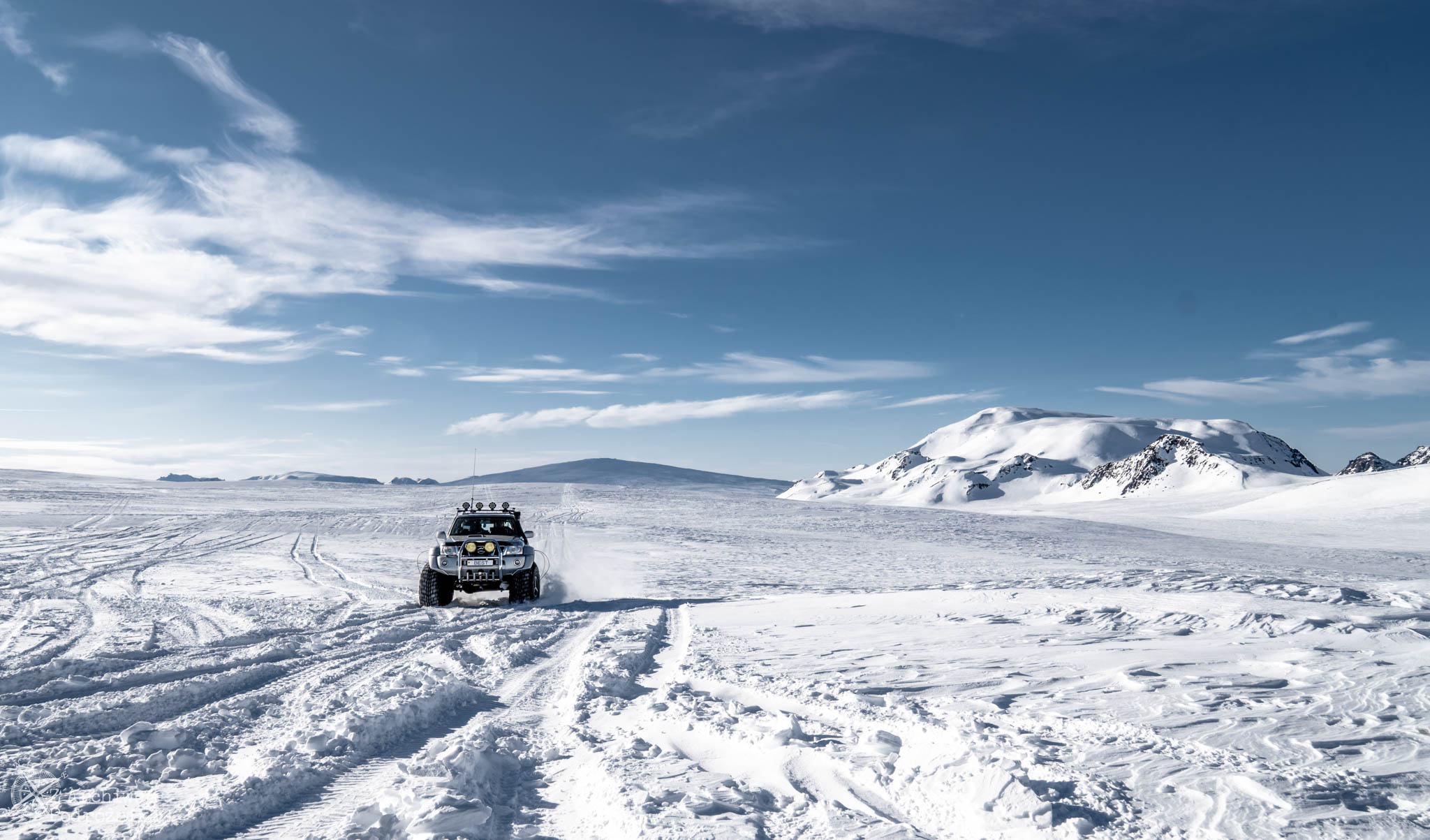Off-road po lodowcu